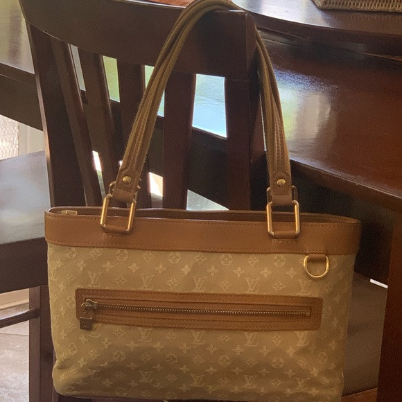 Louis Vuitton Handbags - 💯 Auth LOUIS VUITTON Beige Mini Lin Lucille PM